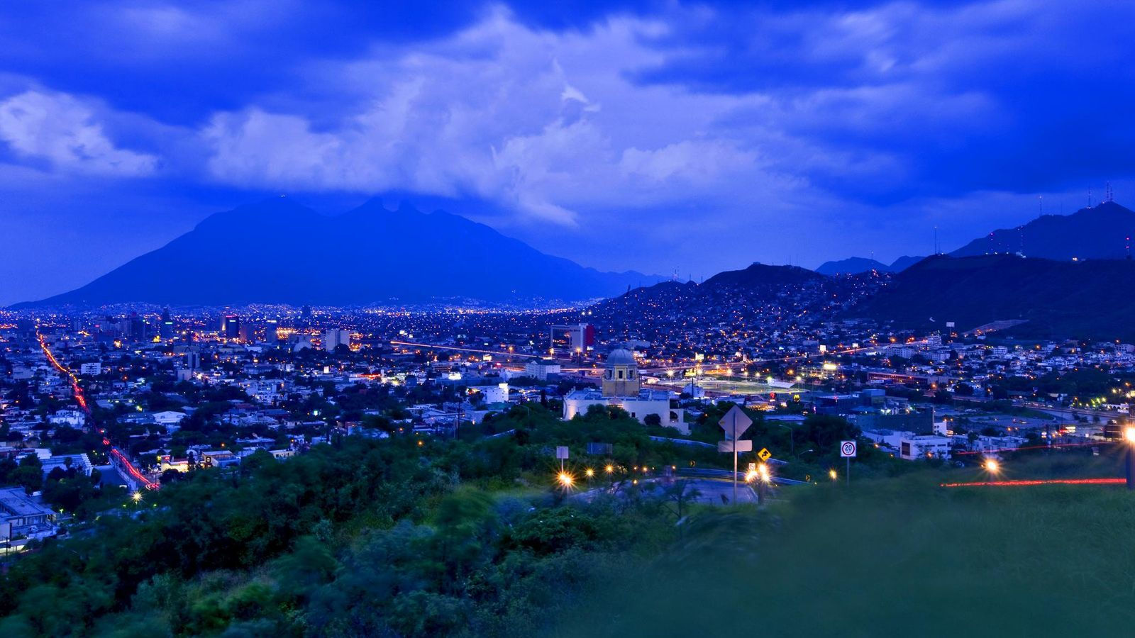 Sheraton Monterrey Ambassador - Local Area
